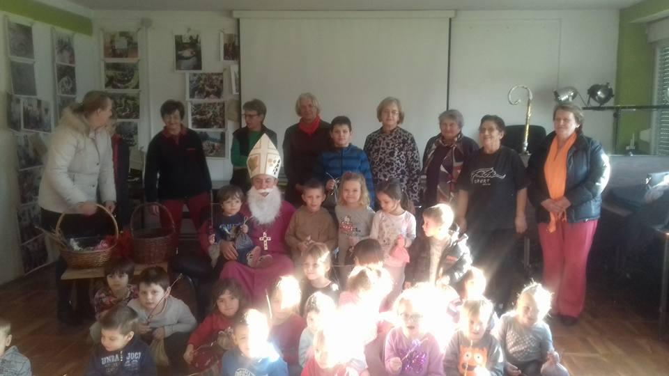 Sveti Nikola donio darove za djecu s Gaze